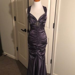 FIEST sz Small formal gown
